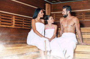 Jak przygotować się do sesji w saunie?